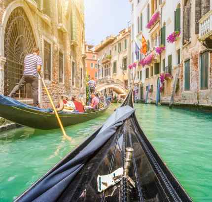 venecija prolece jesen gondole